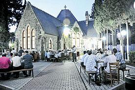 Kilisede iftar