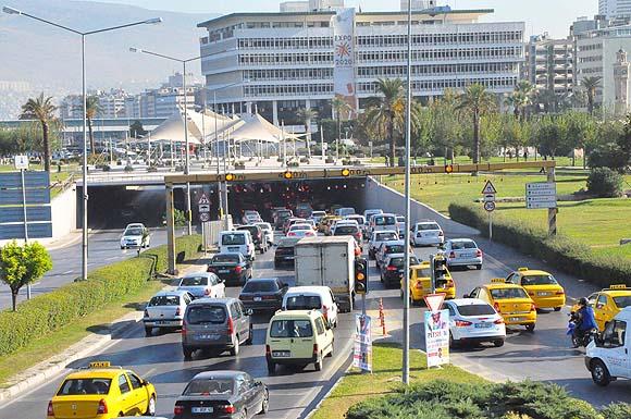 izmir trafik ile ilgili görsel sonucu