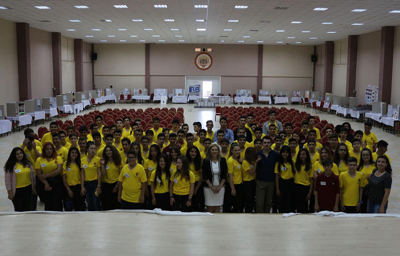 Nevvar Salih İşgören Eğitim Kampüsü'nden TÜBİTAK Bilim Fuarı